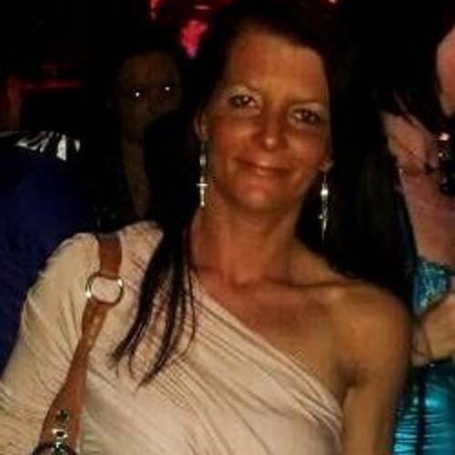 Amanda Haifa Vera's avatar