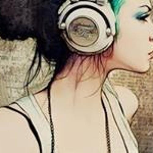 Rockursocksdjlynn's avatar