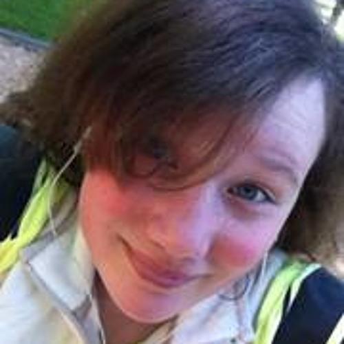 Sophia Deguzman's avatar