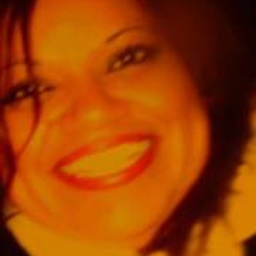 Estella Valencia 2's avatar