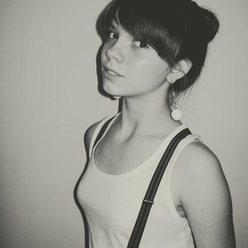 Alina Kholodkova's avatar
