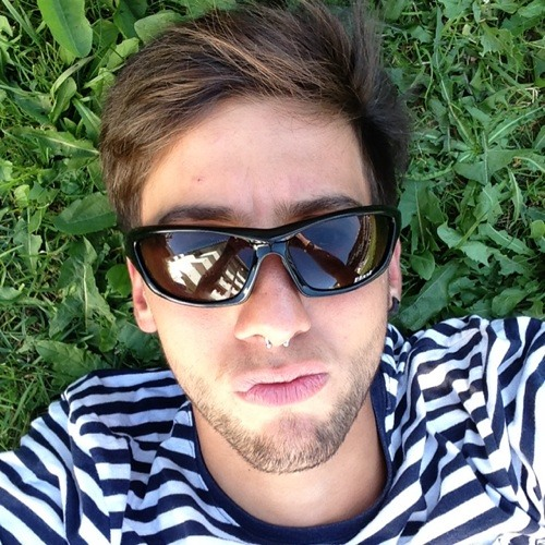 Teto #8's avatar