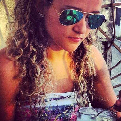Rose Quezado's avatar