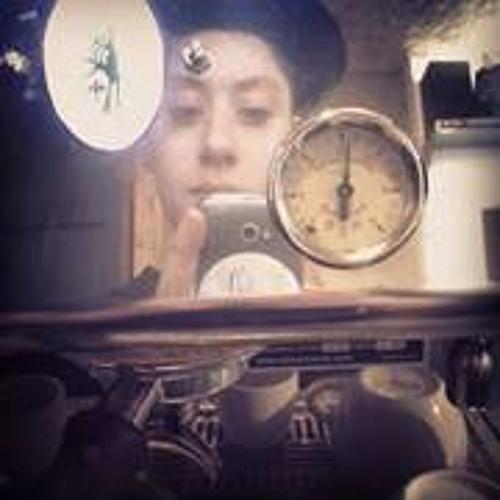 Natalie Bedouin's avatar