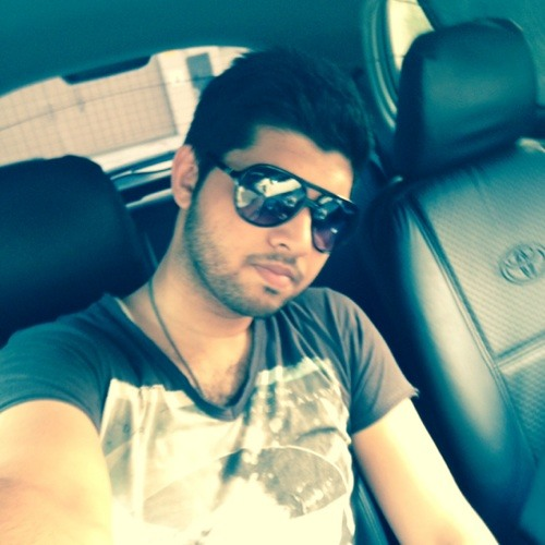 xaroxh baig's avatar