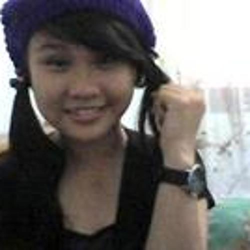Thari LoRis Filadel's avatar