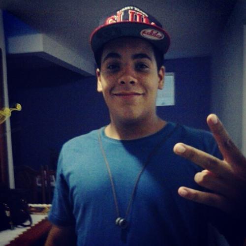 Pedro Emilio's avatar