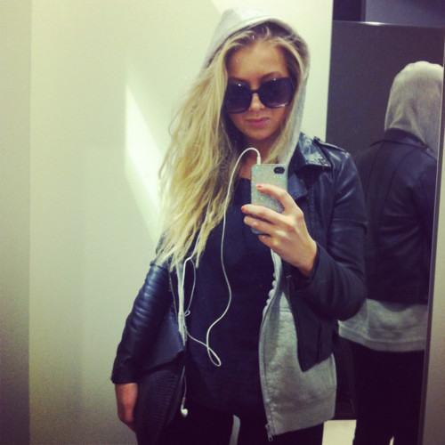 ElizabethYoung.'s avatar