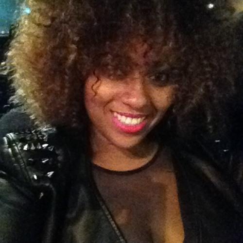 Holly Mills 8's avatar