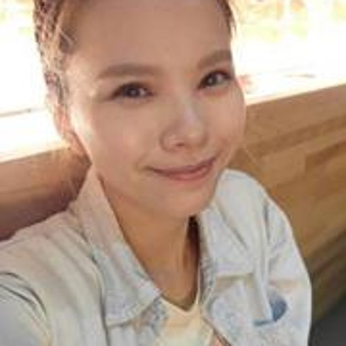 Angel Yang 10's avatar