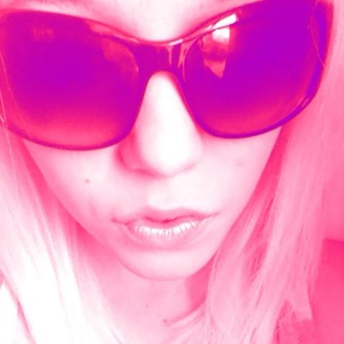 NatalieLouise14's avatar