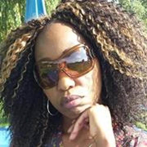 Julie Liz Jones's avatar