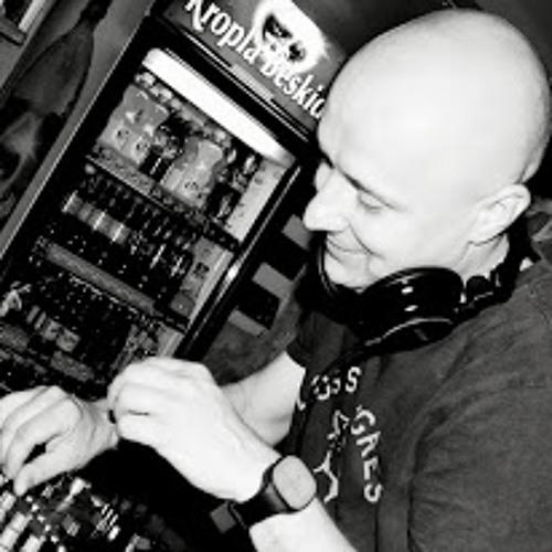 Tomasz Strojny's avatar