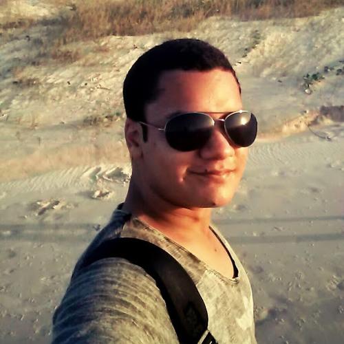Raphael Santos 51's avatar