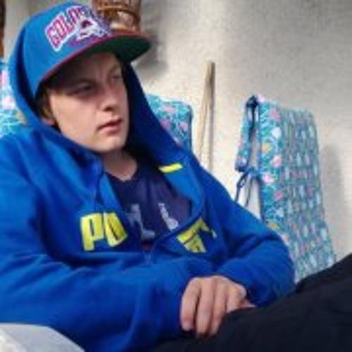 Mattias Carlsson 10's avatar