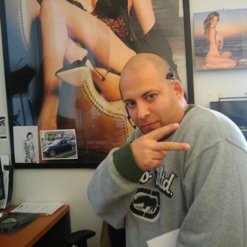 Andre Pinero's avatar