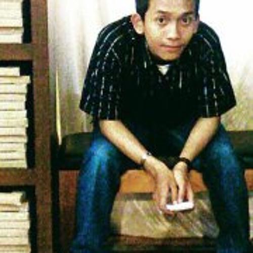 Samuel Yosi's avatar