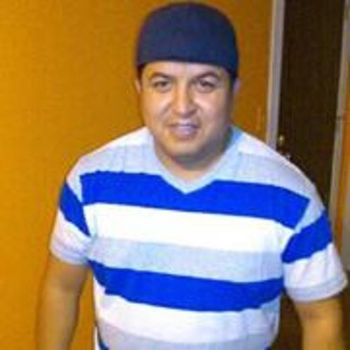 Miguel Tlahuelt's avatar