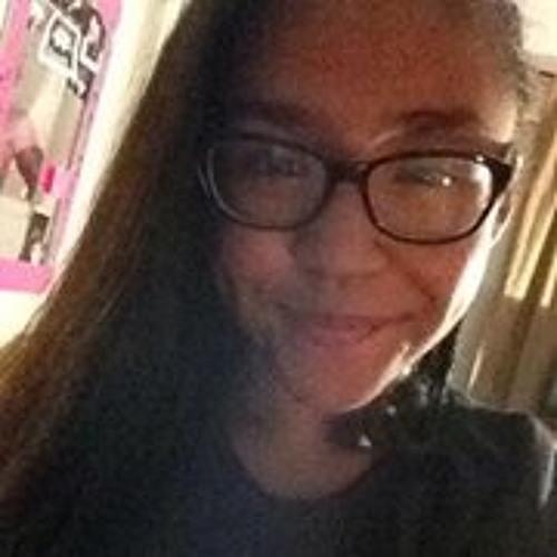 Monica Iris Perez's avatar