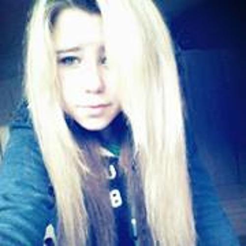 Briony Watts's avatar