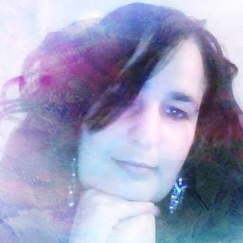 Maria Dolores 15's avatar