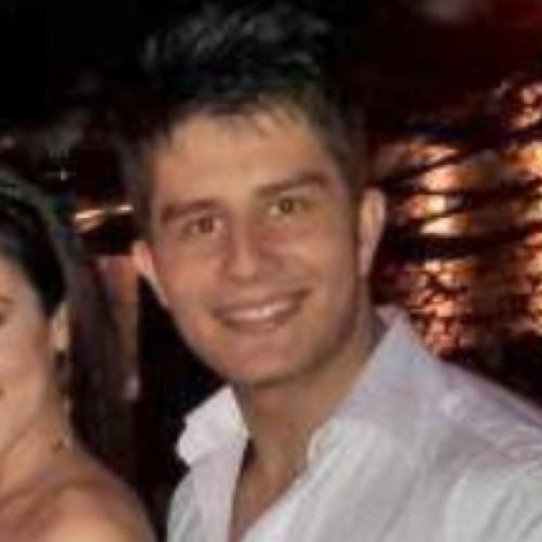 Almeida Lucas's avatar
