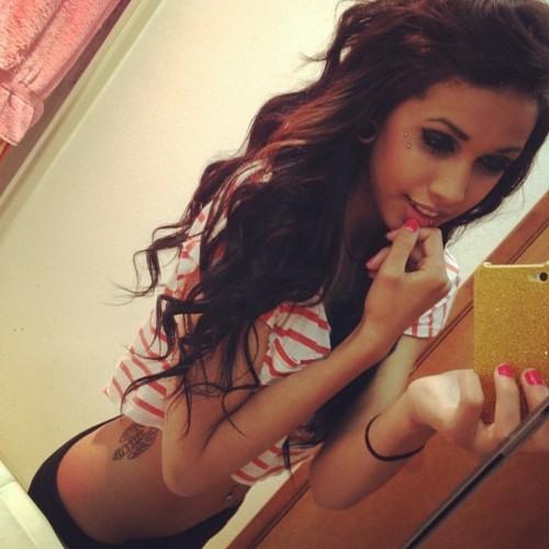 Haleyyy<3's avatar
