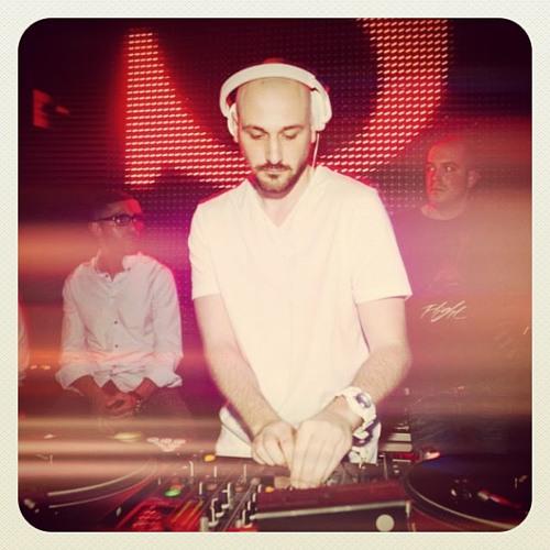 DJ *Denny's avatar
