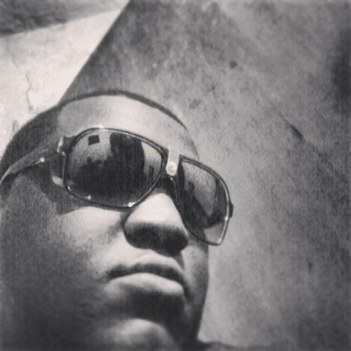 William Kmargo's avatar