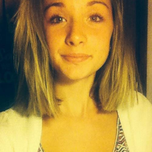 Elora Janin's avatar