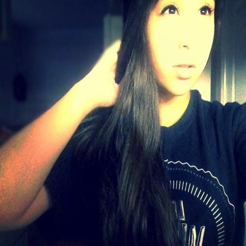Ashley Salinas 3's avatar