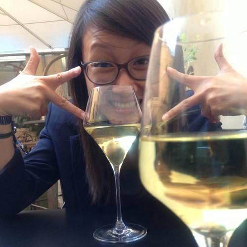 Viria Leang's avatar