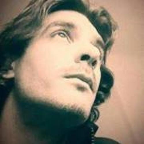 Edward Oliveira 3's avatar