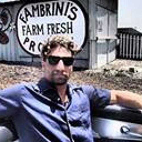 Aron Kormout's avatar