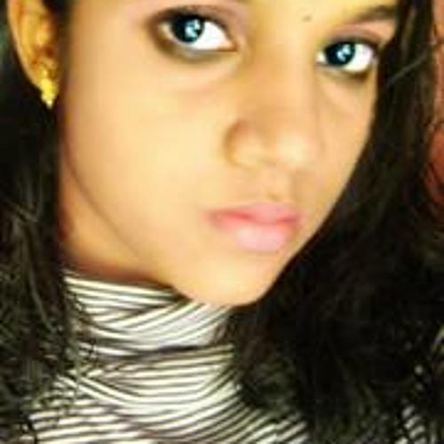 Heera Hari's avatar