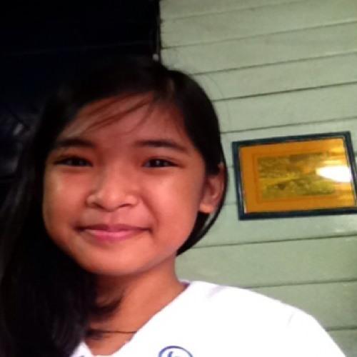 maddyreyes :)'s avatar