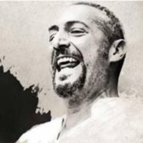 Francesco Montanaro's avatar