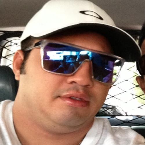 beto contreras's avatar
