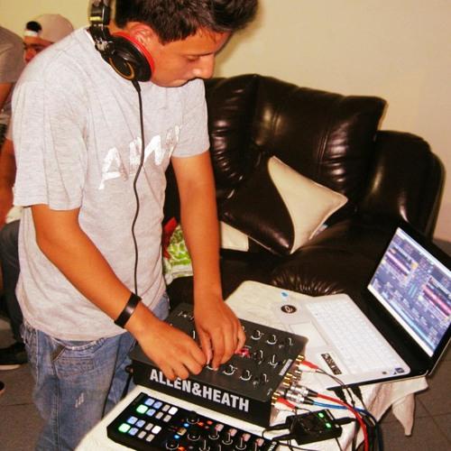Cristian valles Garcia's avatar