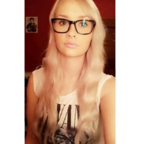 Emily Violet 1's avatar