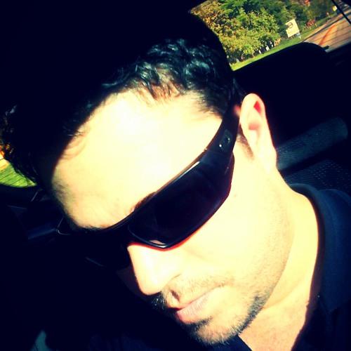 Leonardo Willian's avatar