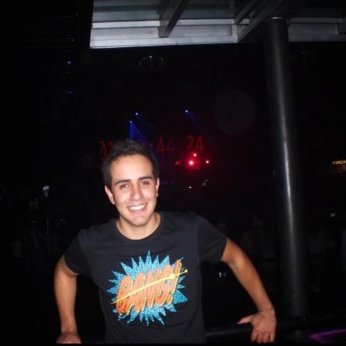 Daniel Vidal Bustamante's avatar
