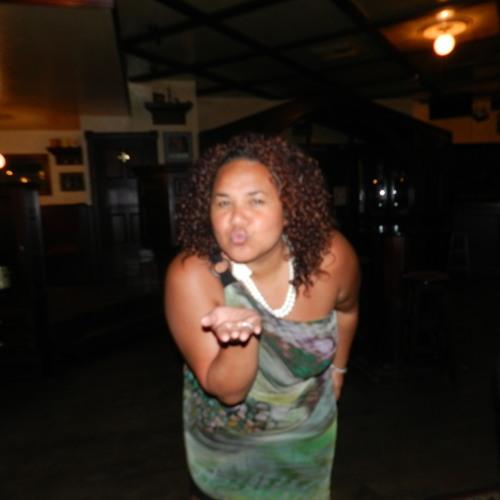 Lonita Bonita's avatar