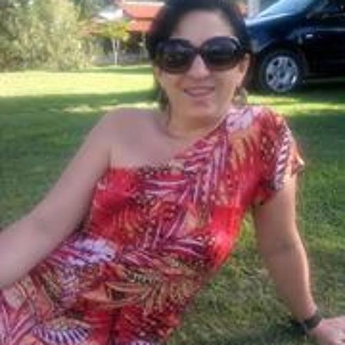 Nadia Vanessa Vieira's avatar