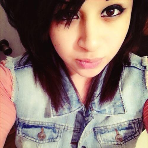 Vanessa Davila <3's avatar