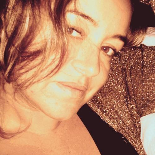 Patricia Madeira's avatar