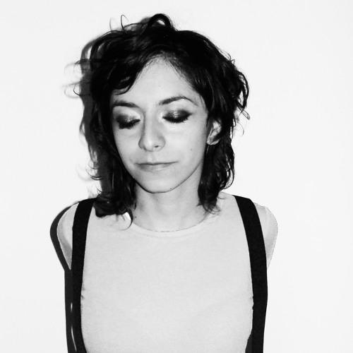 Angela Rojas's avatar