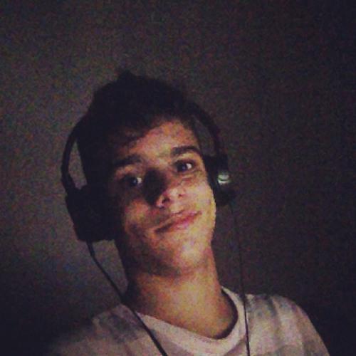 Renan Giuberti's avatar