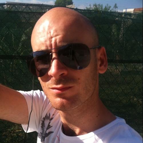 andreas1985's avatar