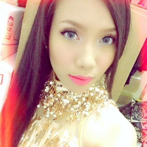 Celina Gollayan's avatar